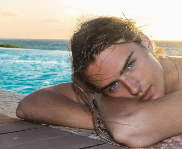 Luke eisner chilling in the pool