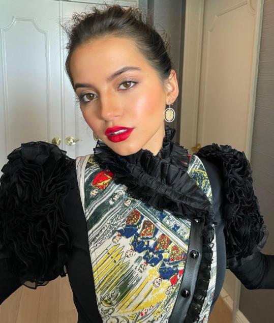 Isabela moner in black dress