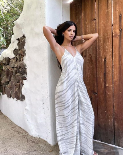 laura lee wearing the dress from her brand nudie patootie