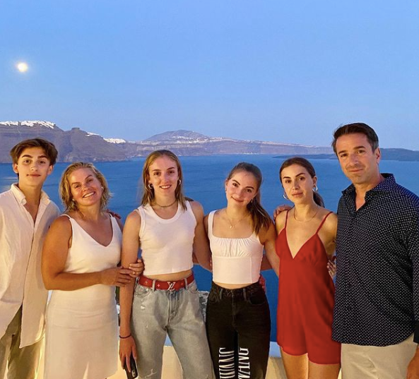 lauren orlando with her family