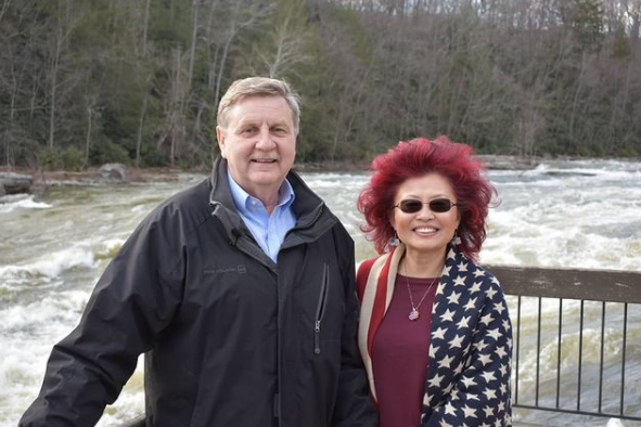 rick saccone with his wife