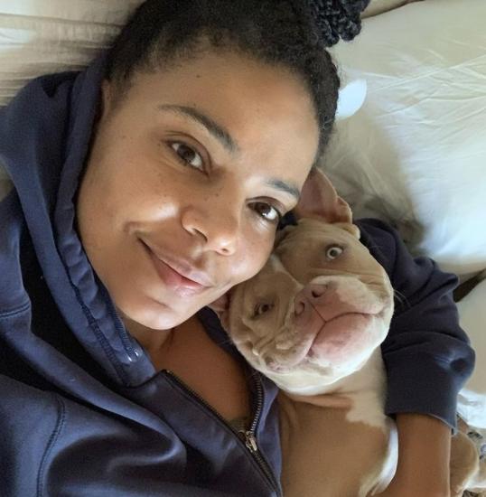 sanaa lathan with her dog